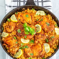 Spanish One Pot Chicken and Rice | Holiday Meal Recipe