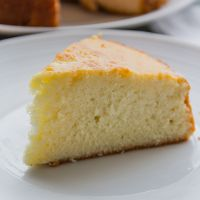Best Ever Vanilla Sponge Cake