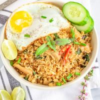 Thai Chilli Basil Fried Rice with Chicken | Spicy Basil Chicken Fried Rice