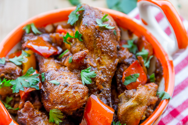 Chicken Bhuna – Flavor Quotient: Chicken bhuna is a slow-roasted chicken recipe infused with aromatic Indian spices and a clinging sauce having a burst of flavors that's simply sensational!