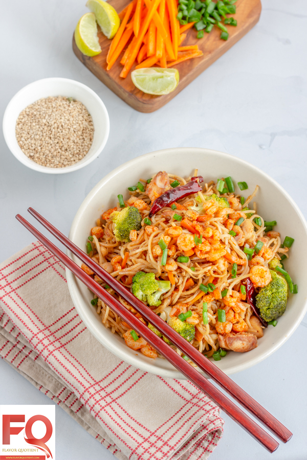 Stir-Fried-Noodles-with-Shrimp-FQ-1-1509