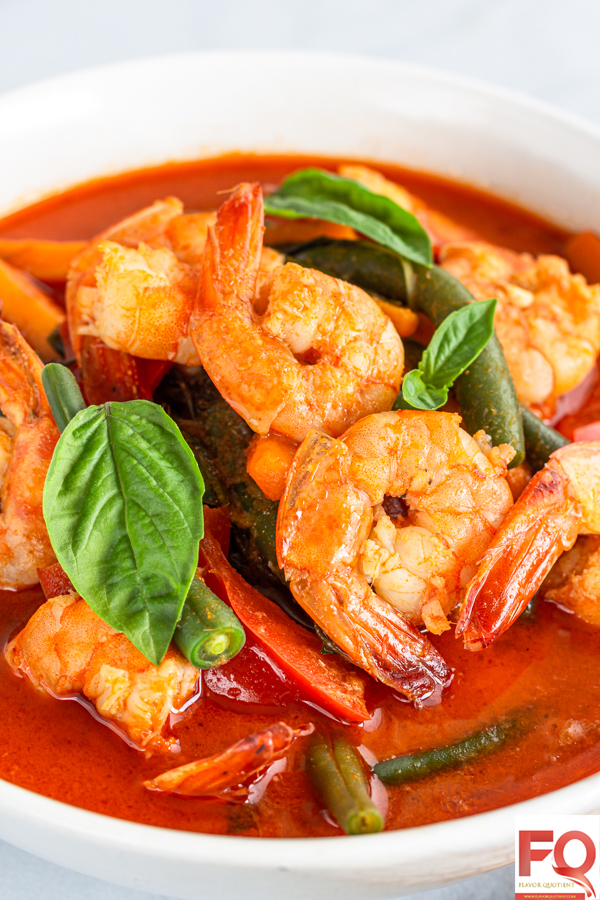 Thai Prawn Red Curry | Flavor Quotient | Being a dedicated prawn lover as well as a Thai food addict, I must admit that this Thai prawn red curry is one of the most soul-satisfying recipes that I ever have had!