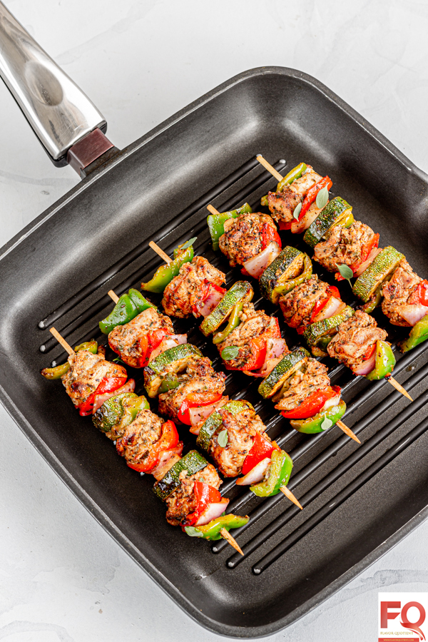 Mediterranean Chicken Kabobs | Flavor Quotient | Mediterranean chicken kabobs are one of the most refreshing chicken kabobs I have ever had thanks to all the invigorating herbs and the colorful & crunchy veggies! A definite must try not only for its stunning visual appeal but also for its amazing taste!
