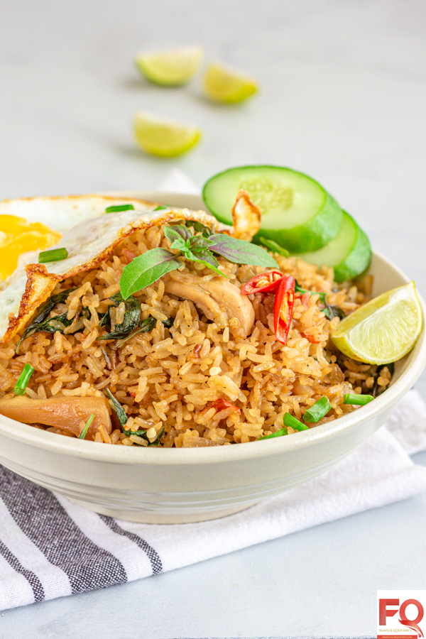 Thai chili basil fried rice with chicken | Flavor Quotient | Thai chilli basil fried rice is a classic Thai delicacy and super popular across the world for good reasons!